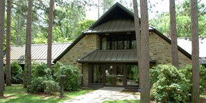 Oak Openings Lodge